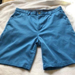 Vineyard Vines . Men's golf shorts